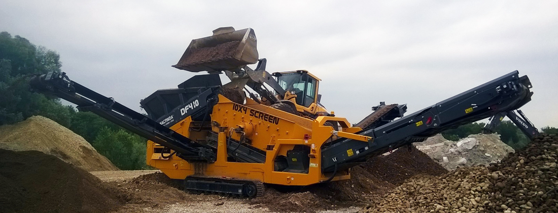 TRACKED-SCREENER-DF410